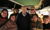 Más de 100 adultos mayores salieron de excursión a la Ciudad de Buenos Aires