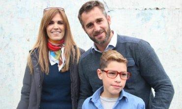 Viviana Canosa y Federico De Achával llegaron con anteojos a niños con problemas visuales