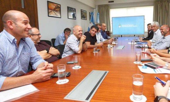 El intendente Ducoté se reunió con el Ministro Dietrich para evaluar obras