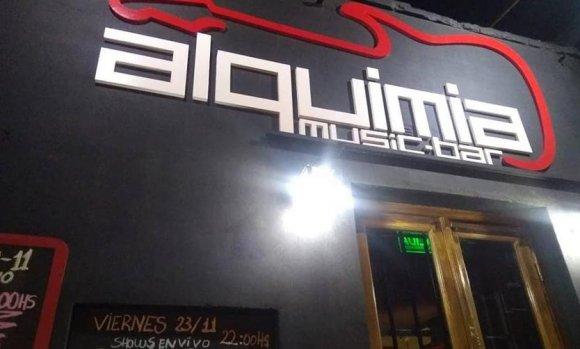 Tras diez años, cierra uno de los bares emblemáticos que le dio lugar a bandas under