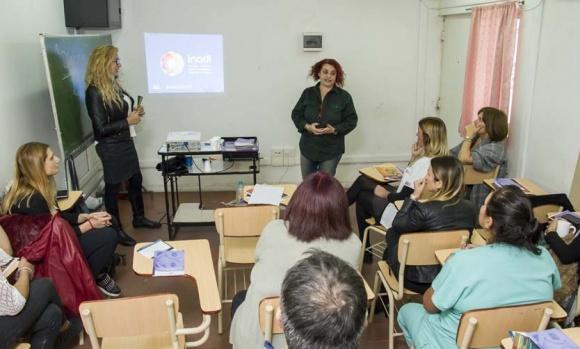 Tras quejas por mala atención en salud de la comunidad LGBT, el INADI capacita al personal del Sanguinetti