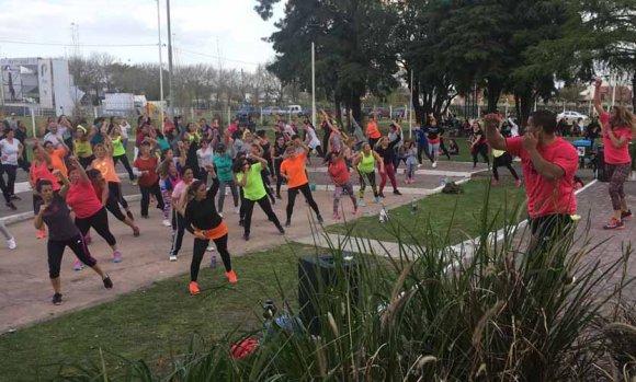 """Deportes para todos: Arrancan las clases de la iniciativa """"Pilar se Mueve"""""""