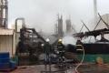 Incendio en una fábrica provocó un derrame de productos químicos