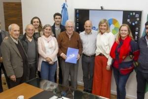 Ducoté firmó convenio con ONG que impulsa la construcción del nuevo Hospital Central